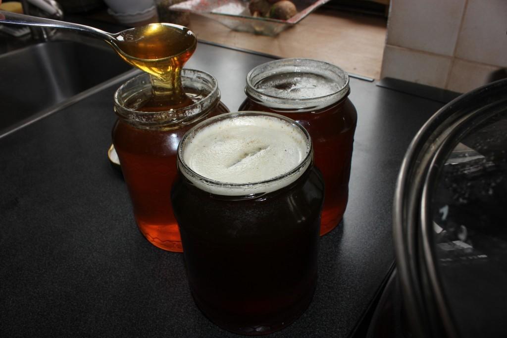 6. fáze - med je opět tekutý